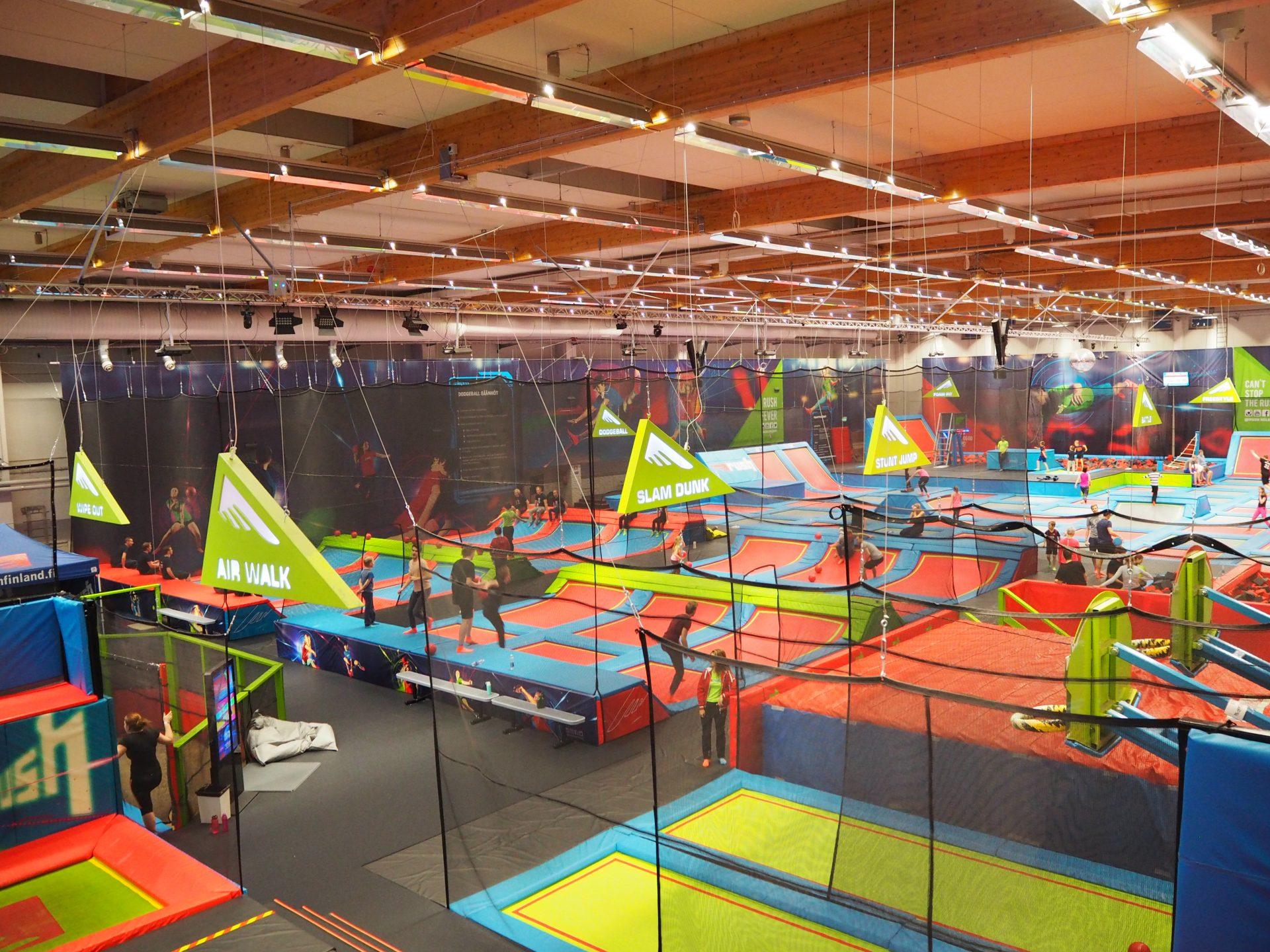 rush trampoliinipuisto