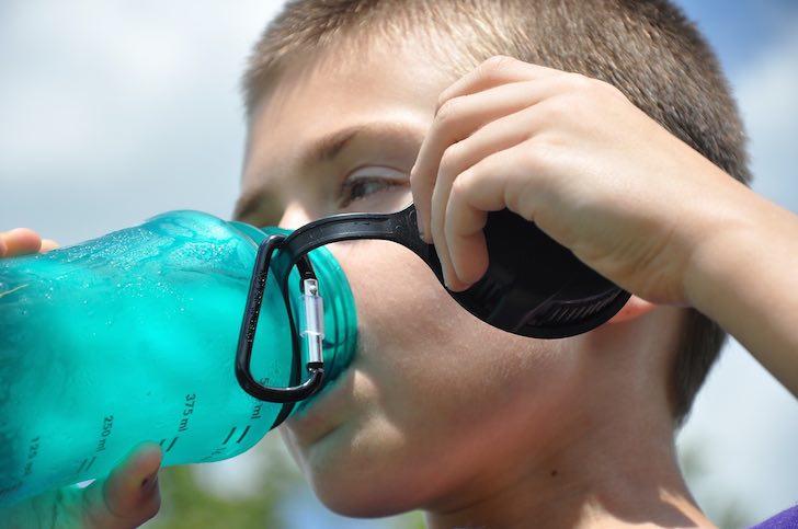 lapsen oksentelu juo paljon