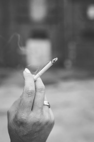tupakointi ja raskaus