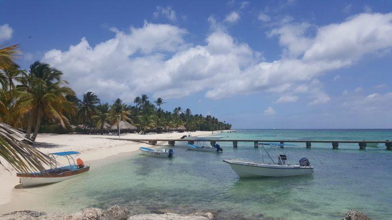 Avainsana  boca chica. dominikaaninen kansikuva 96e50cb334