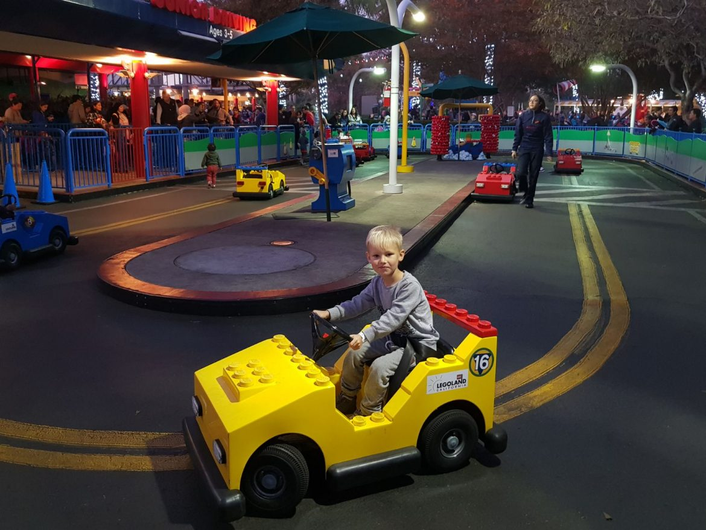 Kalifornian Legoland kokemuksia
