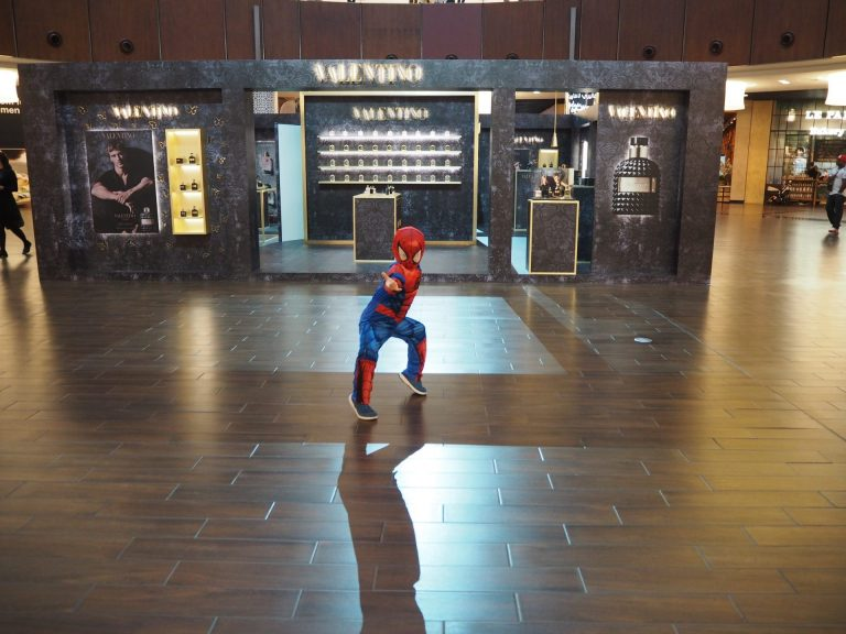 dubai spiderman