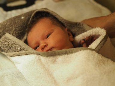 Synnytystarinoita