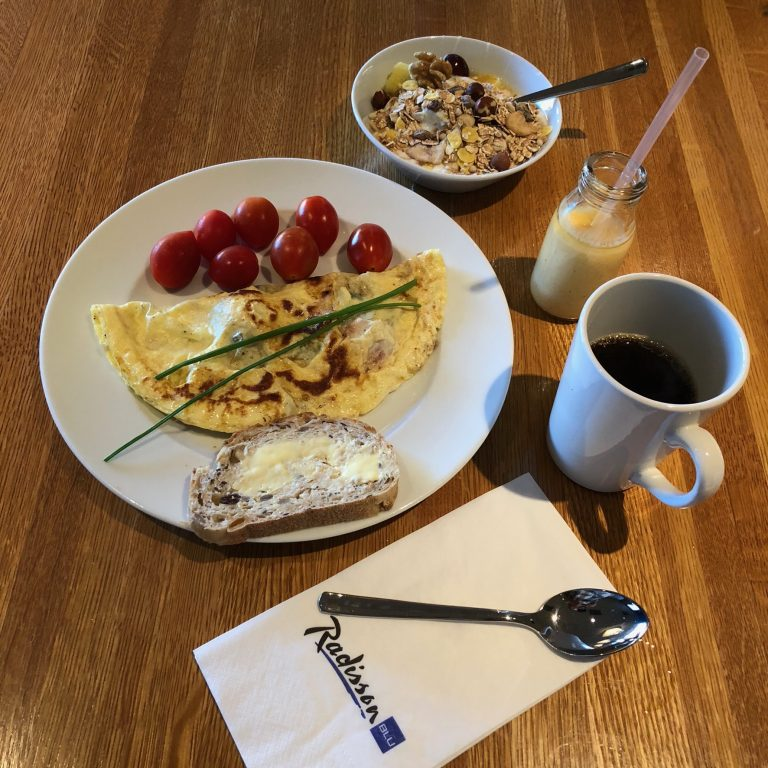 radisson blu marina palace super breakfast