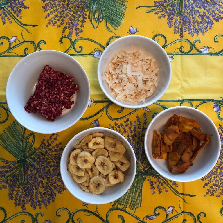 kuivattuja hedelmia