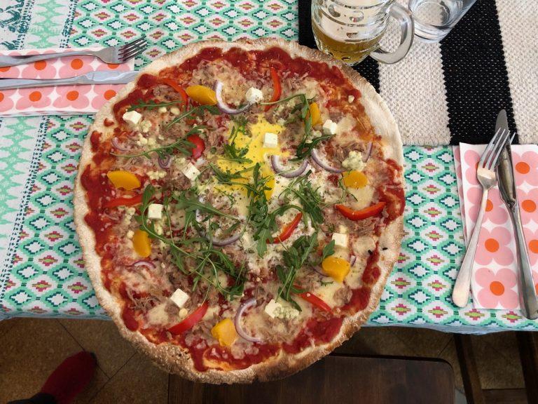 ravintola kansakoulu pizza