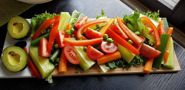 tunkutarjotin vihanneksista