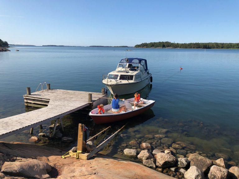 veneella saareen