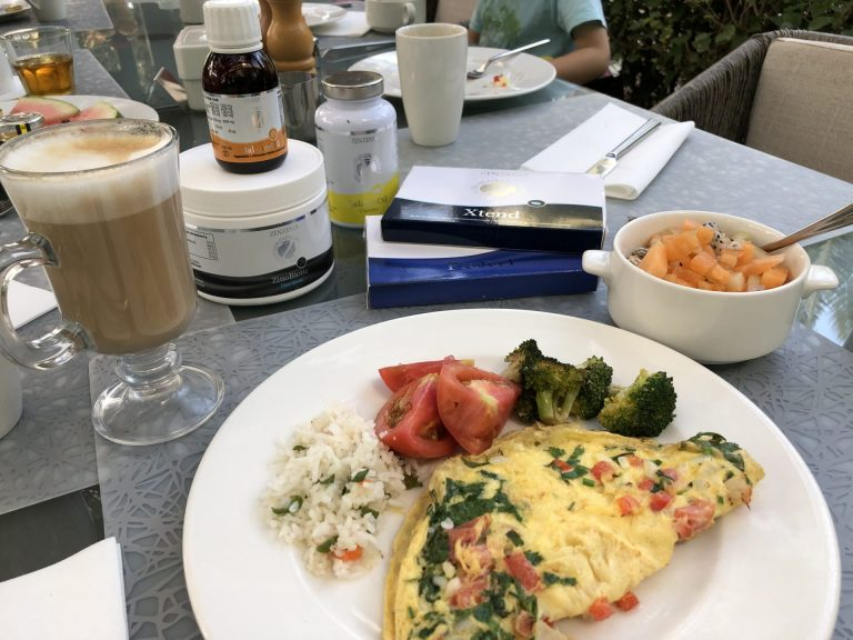 aamiainen dubaissa