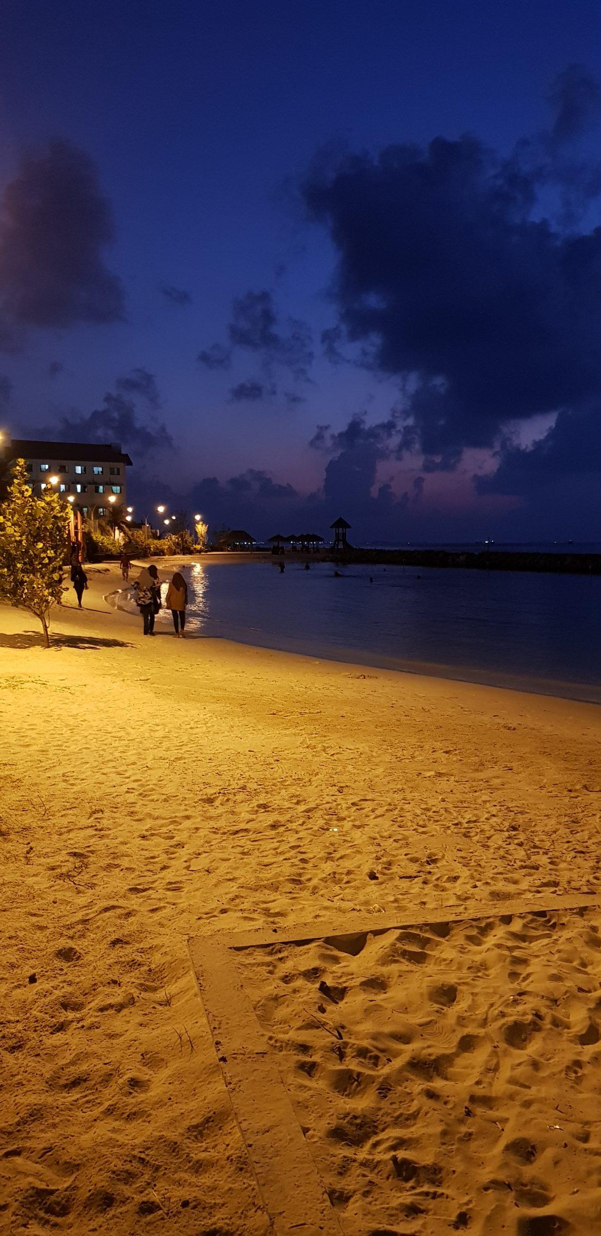malediivit kokemuksia Male ranta