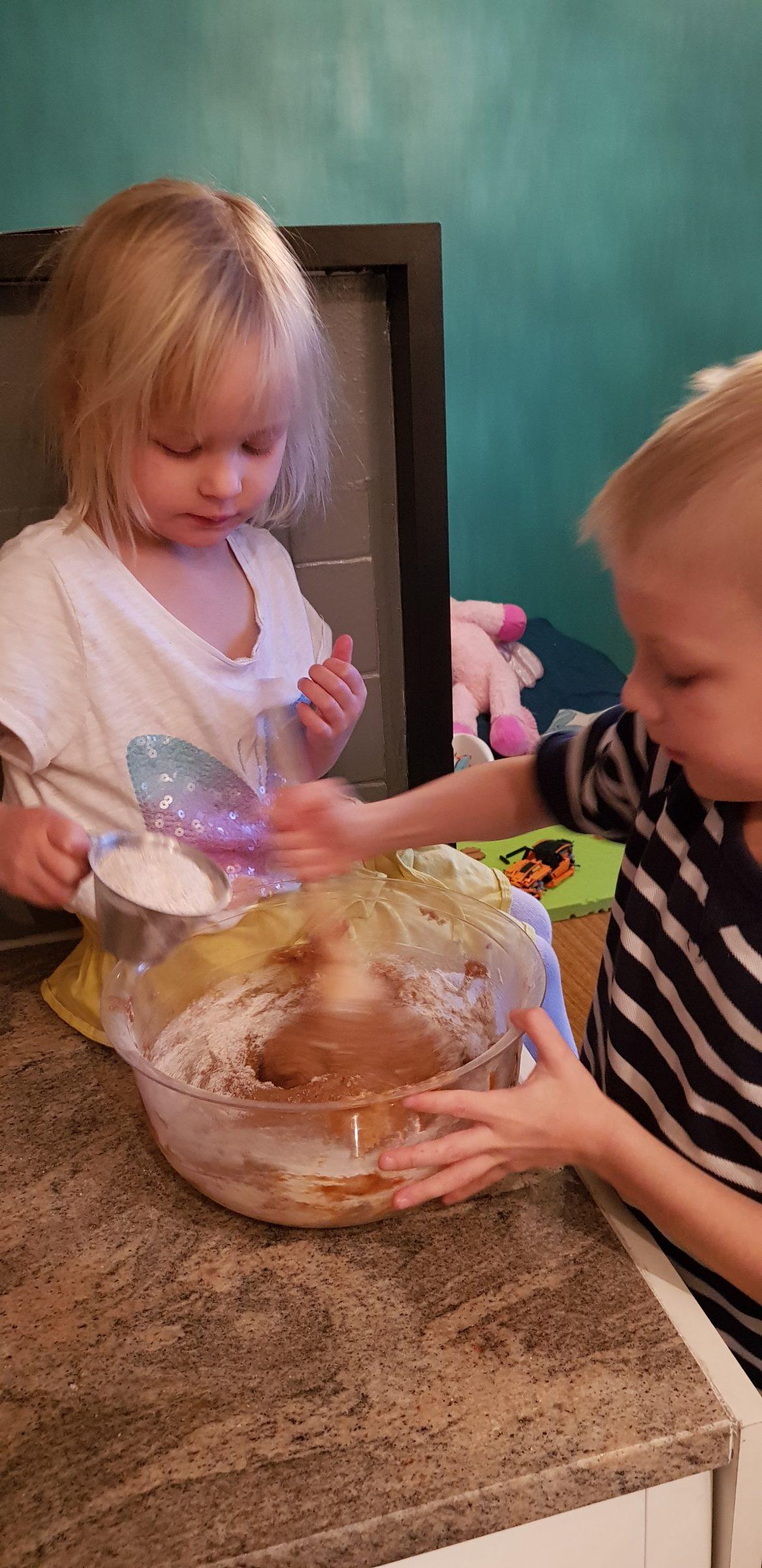 piparitaikinan lasten kanssa