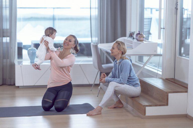 liikuntaa-synnytyksen-jalkeen-vauva-fitmama