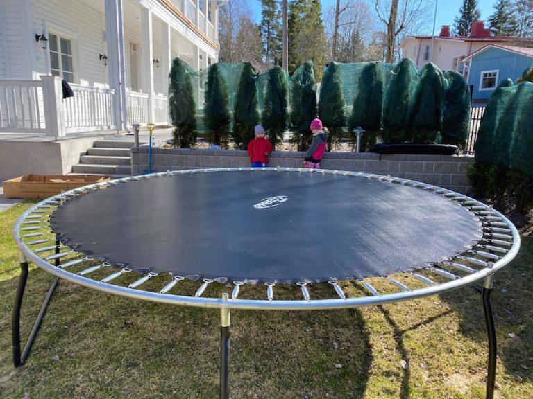 hyva_trampoliini_lapsille_runko_valmis