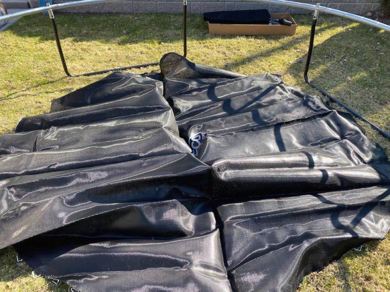 hyva-trampoliini-lapsille-helppo_kokoaminen_preeco