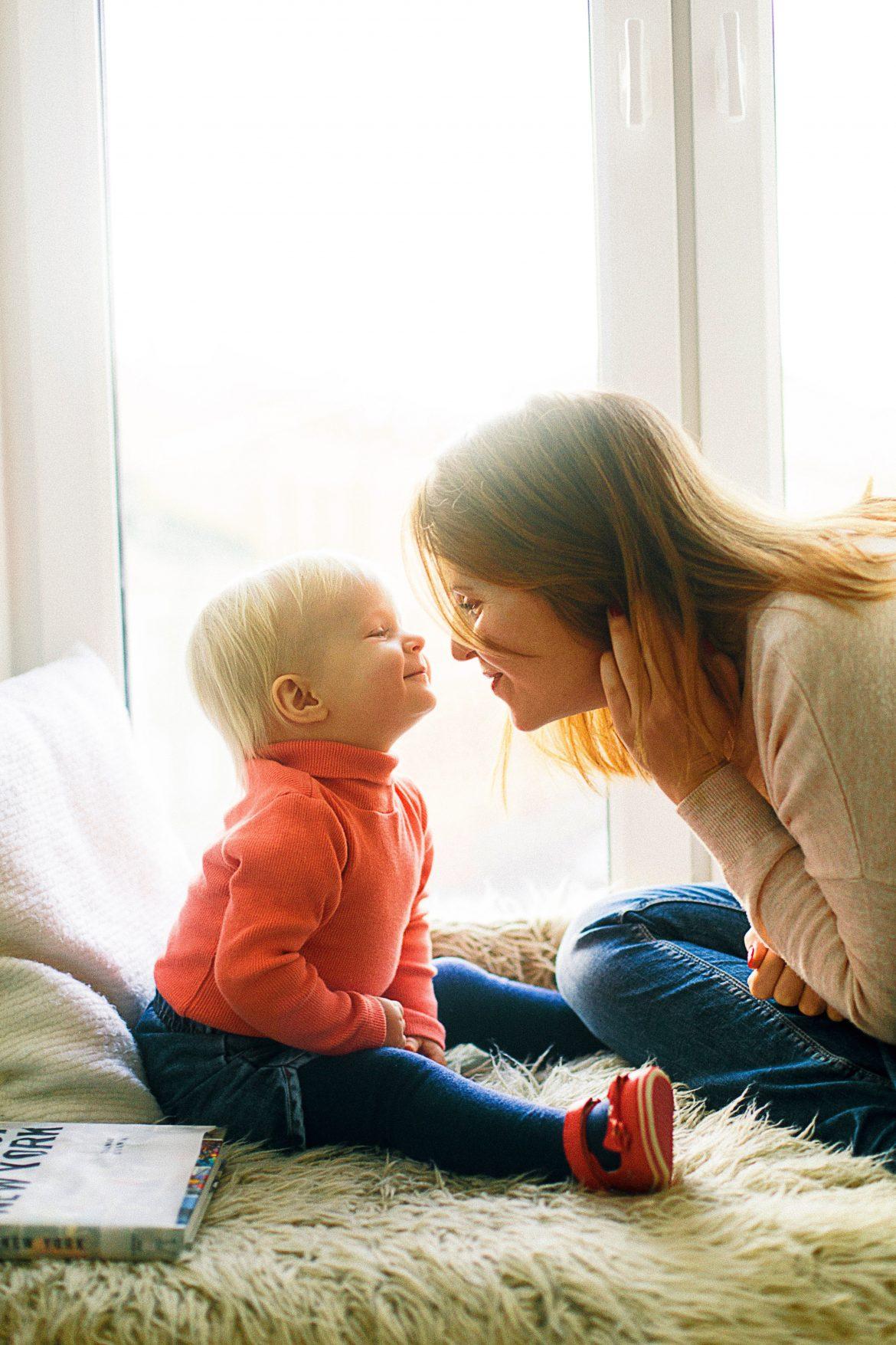 positiivinen kasvatus yhteys lapseen