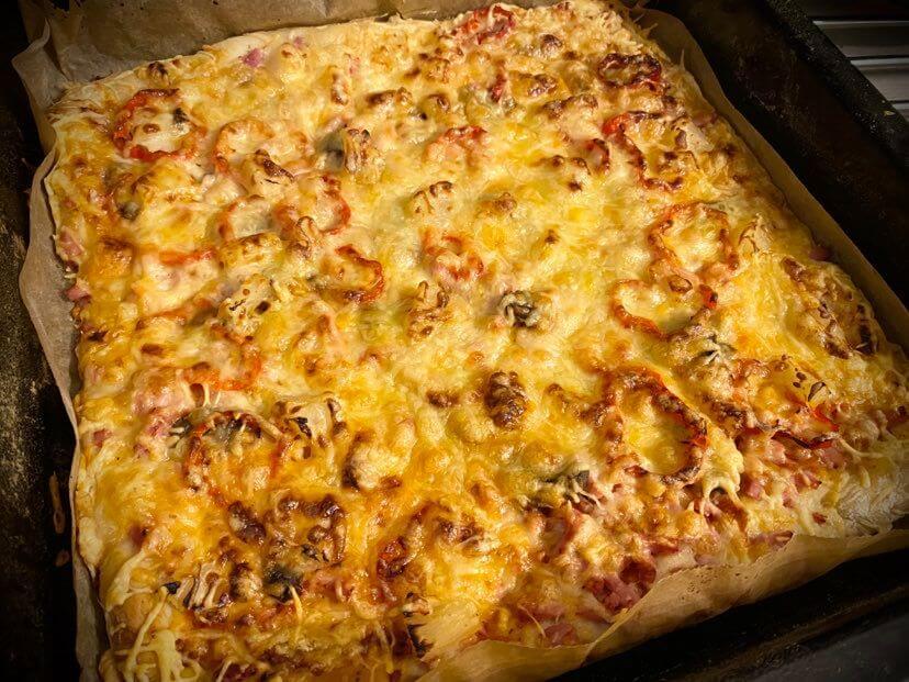 itse tehty valmis pizza
