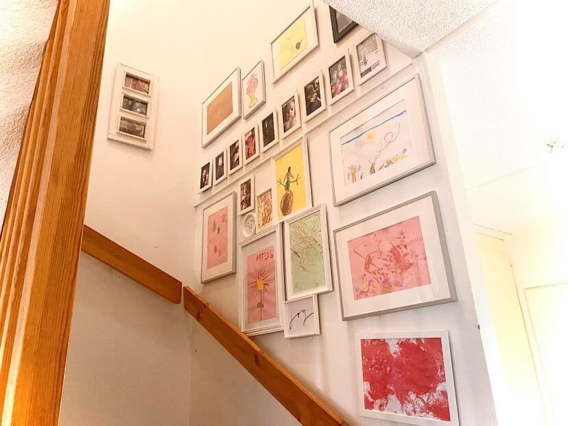 lapsiperheen sisustus taidenäyttely