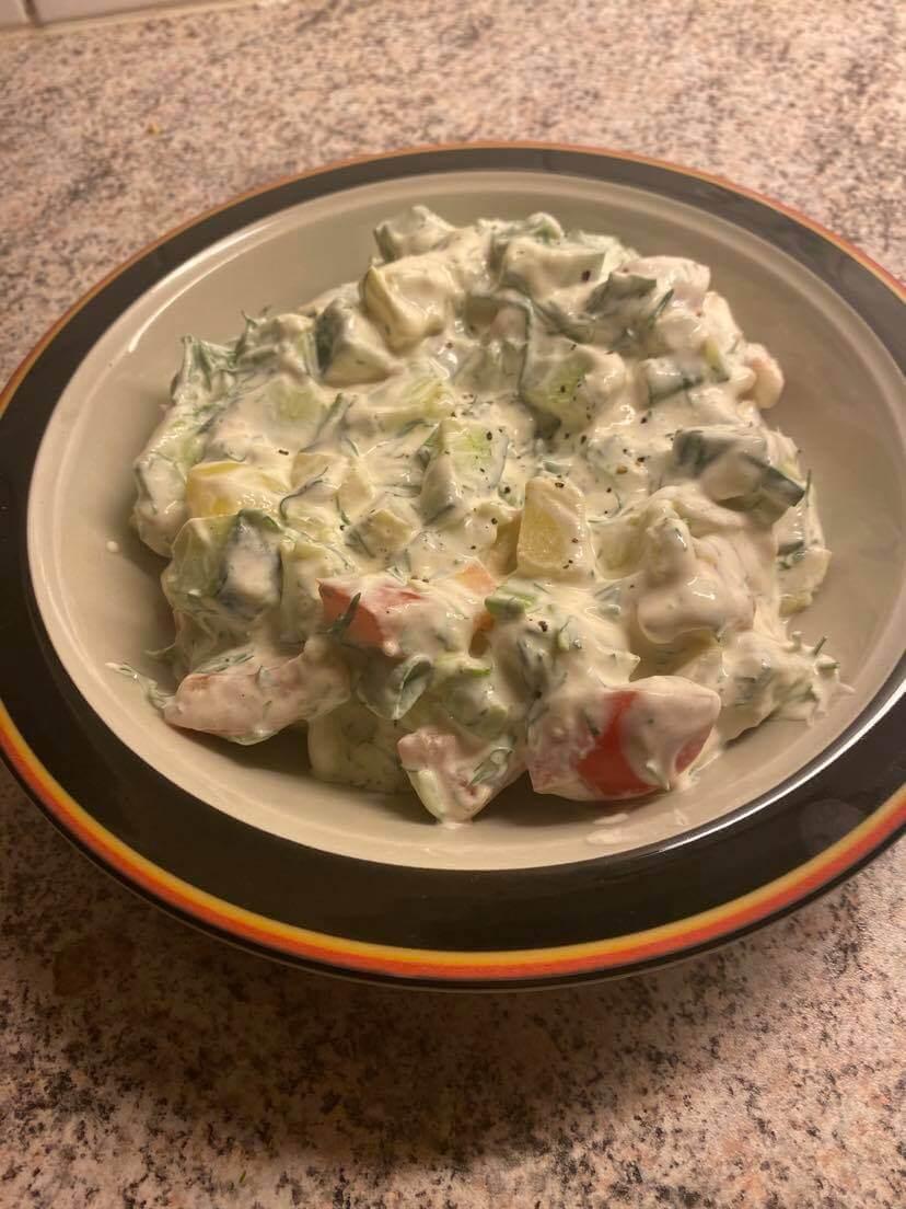 tillinen lisuke salaatti