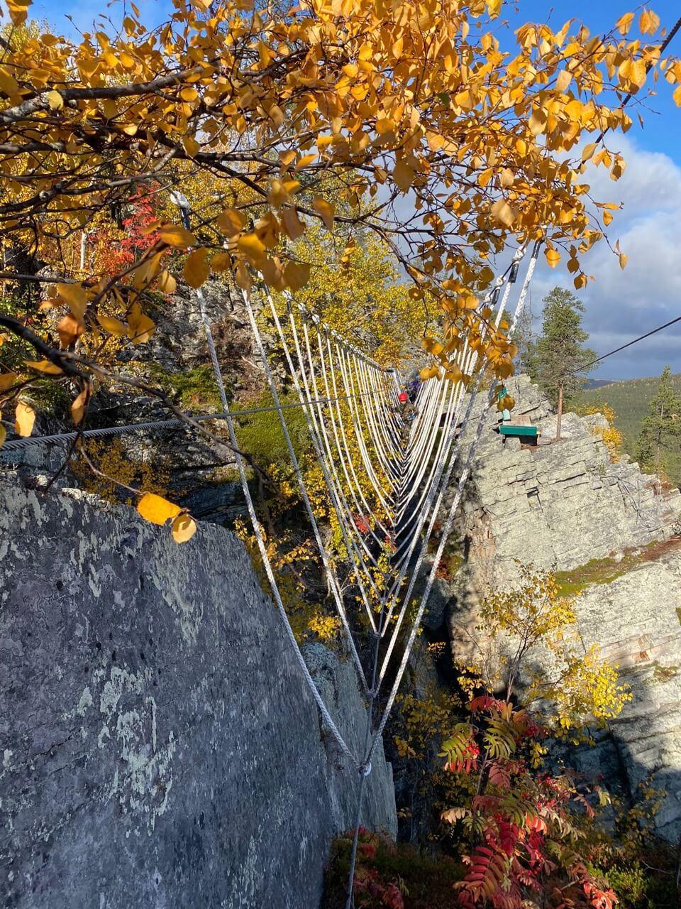 pyhakuru kalliokiipeily