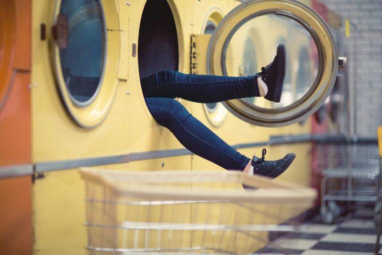 lasten hoitaminen pyykinpesu